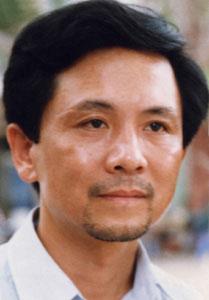 Mai Văn Phấn – nhà thơ Việt Nam đầu tiên xuất bản sách tại Anbani